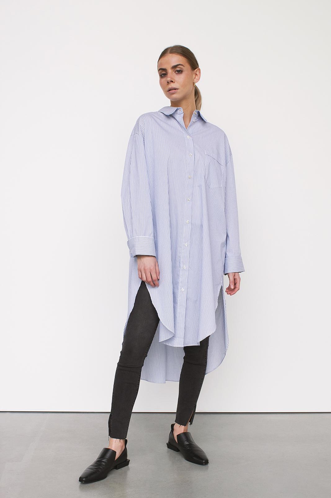 1 DRESS X 4 LOOKS