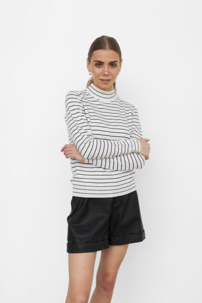 WBLPEARL HIGH NECK PULLOVER